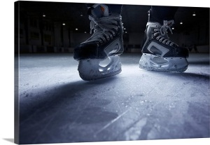 hockey-skates-on-ice,1000538